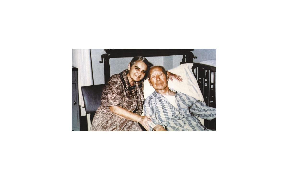 퀸스병원에서 마우나리나 요양병원으로 이송되어 생활 중의 모습<br />