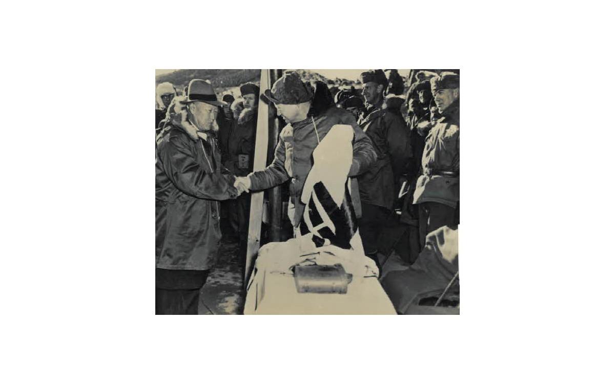 아이젠하워 미 대통령 당선자와 함께 (1952년)<br />