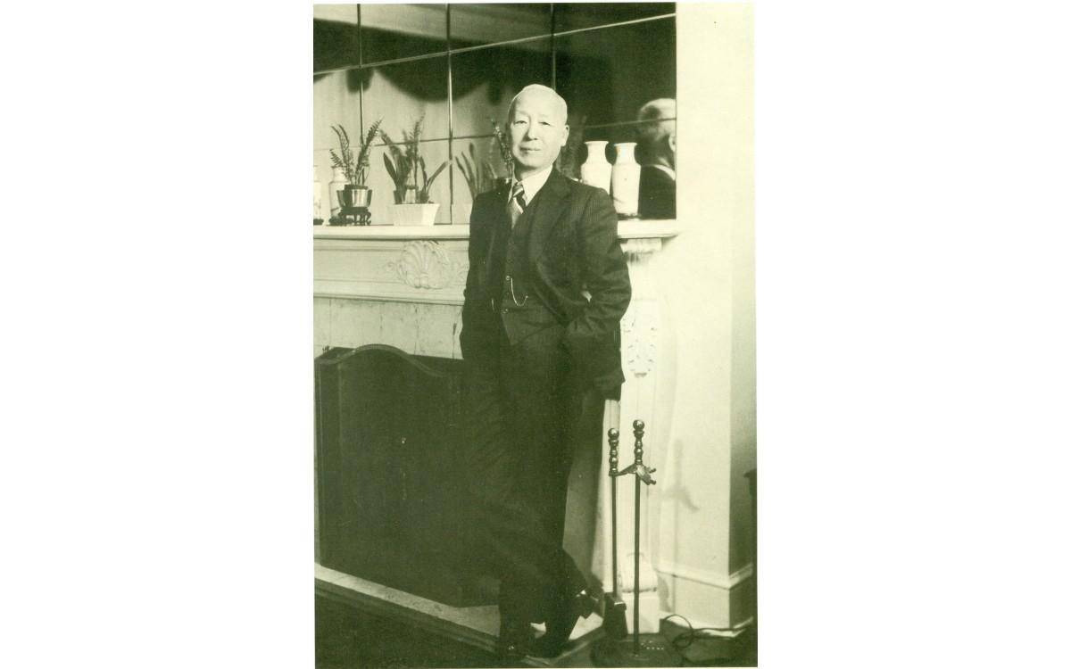 주미외교위원부의 위원장으로 선출된 후 뉴욕에서 (1941년)<br />